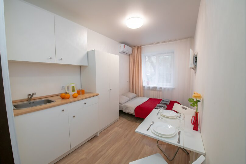 4-комн. квартира, 14 кв.м. на 2 человека, Луговая улица, 77, Владивосток - Фотография 2