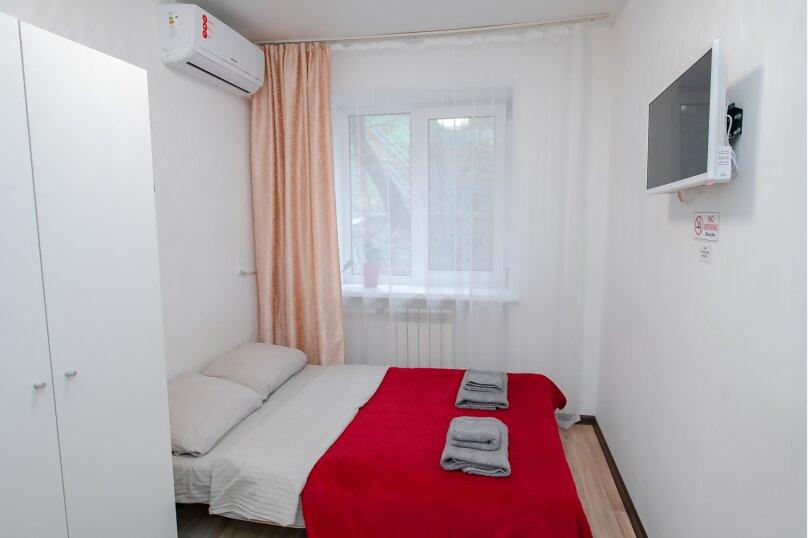 4-комн. квартира, 14 кв.м. на 2 человека, Луговая улица, 77, Владивосток - Фотография 1