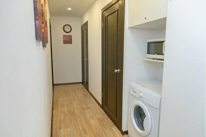 4-комн. квартира, 14 кв.м. на 2 человека, Луговая улица, 77, Владивосток - Фотография 17