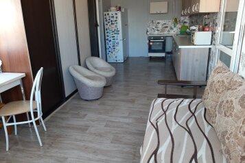 Дом под ключ , 100 кв.м. на 8 человек, 2 спальни, улица Маяковского, 18, Лазаревское - Фотография 1