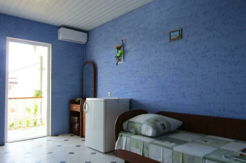 """Гостевой дом """"Карина"""", Солнечная ул., 44 на 15 комнат - Фотография 14"""