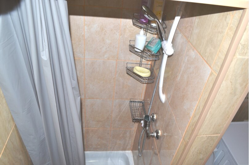 1-комн. квартира, 30 кв.м. на 2 человека, улица Сони Кривой, 45, Челябинск - Фотография 15