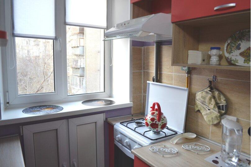 1-комн. квартира, 30 кв.м. на 2 человека, улица Сони Кривой, 47, Челябинск - Фотография 6
