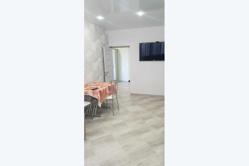 2-комн. квартира, 57 кв.м. на 4 человека, Черноморская набережная, 1К, Феодосия - Фотография 10
