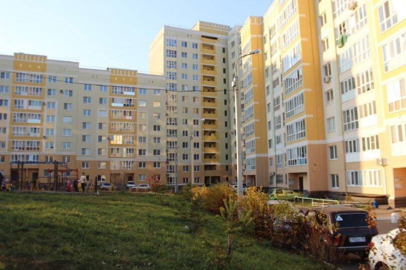 2-комн. квартира, 50 кв.м. на 4 человека, улица Льва Толстого, 20, Уфа - Фотография 27