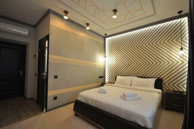 """Отель """"The 7 Dreams"""", 3-й проезд Перова Поля, 8 на 17 номеров - Фотография 1"""
