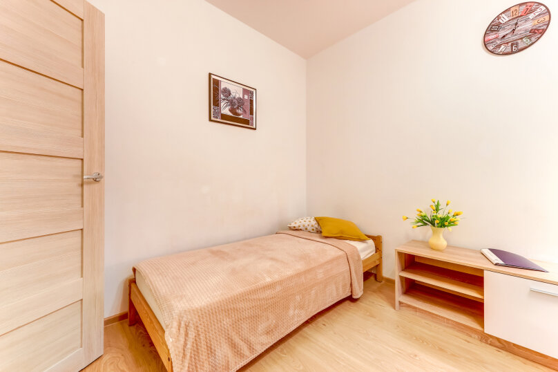 1-комн. квартира, 35 кв.м. на 3 человека, улица Адмирала Черокова, 20, Санкт-Петербург - Фотография 4