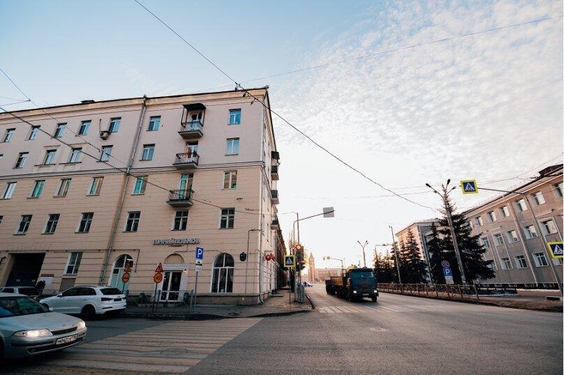 2-комн. квартира, 60 кв.м. на 6 человек, улица Гаяза Исхаки, 8, Казань - Фотография 15