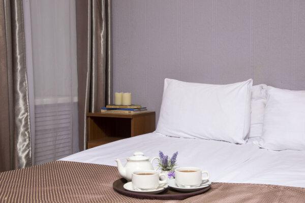 """Отель """"Три Мушкетера**"""", Загородный проспект, 10 А на 32 номера - Фотография 1"""