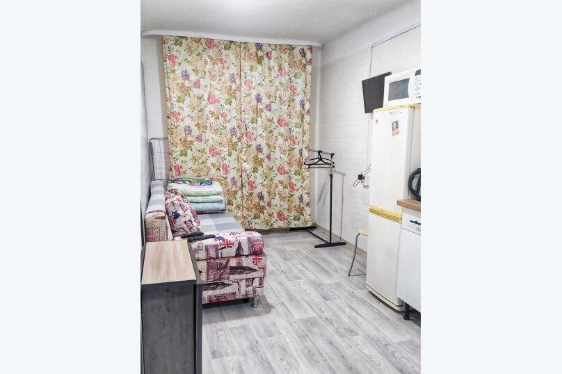 1-комн. квартира, 16 кв.м. на 2 человека, улица Котовского, 15, Тюмень - Фотография 7