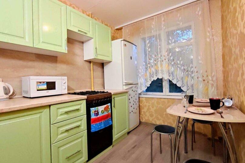 2-комн. квартира, 43 кв.м. на 5 человек, улица Фёдора Полетаева, 18, Москва - Фотография 2