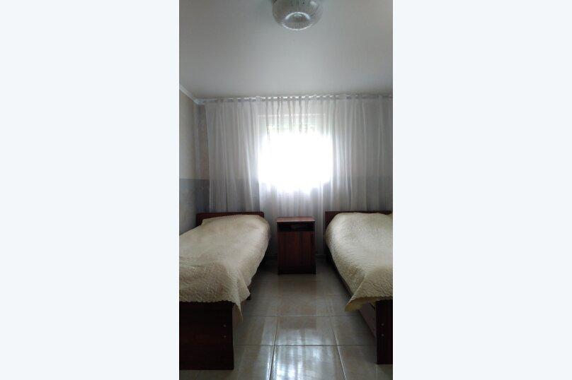 "Гостевой дом ""На Чанба, 43"", улица Чанба, 43 на 5 комнат - Фотография 2"