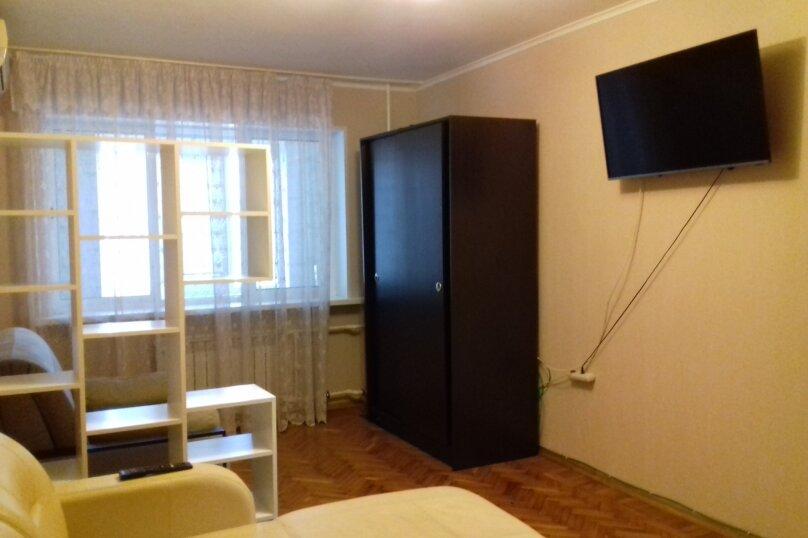 1-комн. квартира, 46 кв.м. на 5 человек, проспект Ленина, 61, Новороссийск - Фотография 14