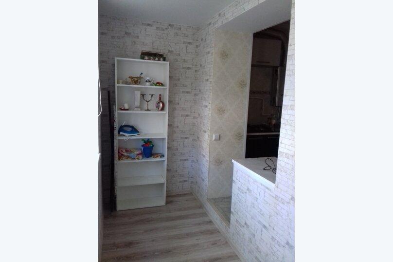 1-комн. квартира, 46 кв.м. на 5 человек, проспект Ленина, 61, Новороссийск - Фотография 15
