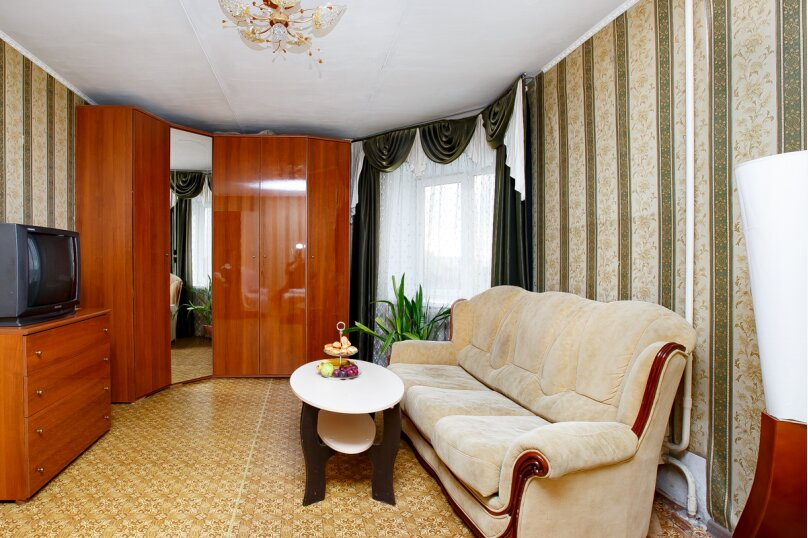 1-комн. квартира, 37 кв.м. на 3 человека, Московский проспект, 155, Ярославль - Фотография 1