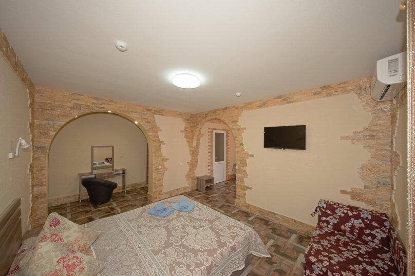 Улучшенный люкс, Симферопольская улица, 94А, Евпатория - Фотография 1