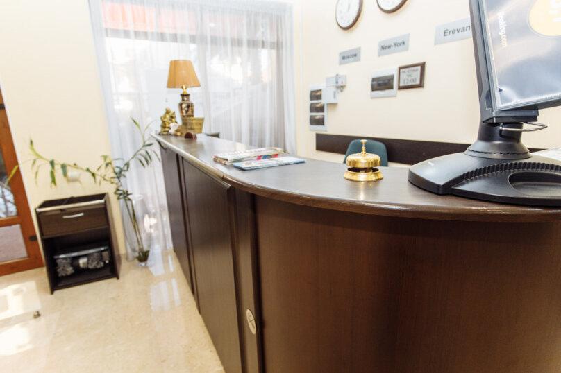 Отель  «Аркадия+», переулок Богдана Хмельницкого, 12 на 37 номеров - Фотография 10