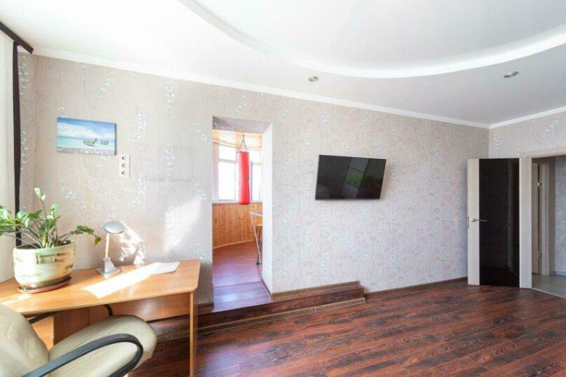 2-комн. квартира, 70 кв.м. на 6 человек, шоссе Космонавтов, 215, Пермь - Фотография 20