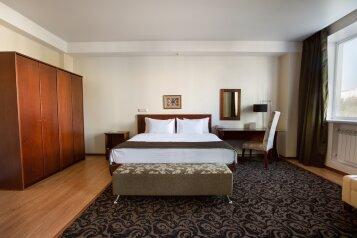 Benefit Plaza Congress Hotel, улица Владимира Невского, 29 на 173 номера - Фотография 1