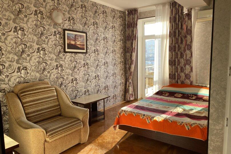 Двухместный номер с балконом и дополнительным местом, Южный проспект, 31, Витязево - Фотография 1