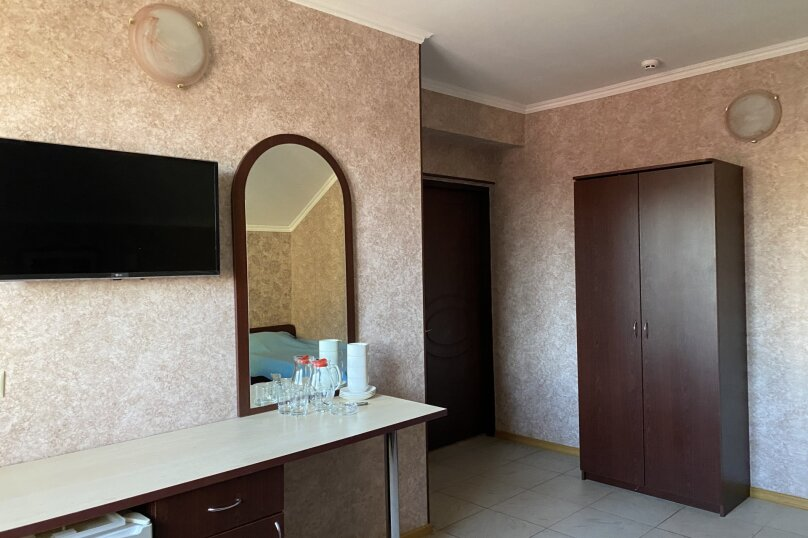 """Отель """"Посейдон-2"""", Южный проспект, 31 на 30 номеров - Фотография 14"""