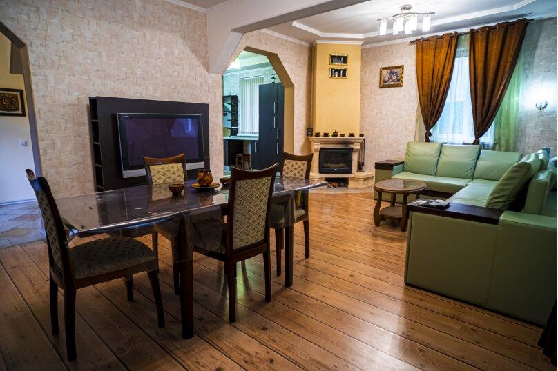 Дом, 280 кв.м. на 10 человек, 4 спальни, Заповедная улица, 51, Сочи - Фотография 2