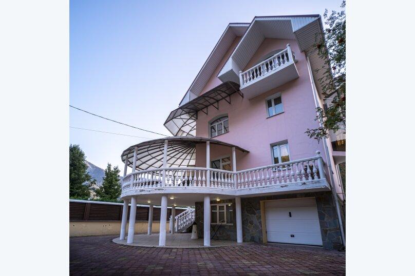 Дом, 280 кв.м. на 10 человек, 4 спальни, Заповедная улица, 51, Сочи - Фотография 1