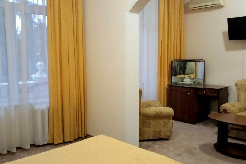 """Мини отель """"Парк Отель Ялта"""", ул.Карла Маркса, 24 а на 7 номеров - Фотография 52"""