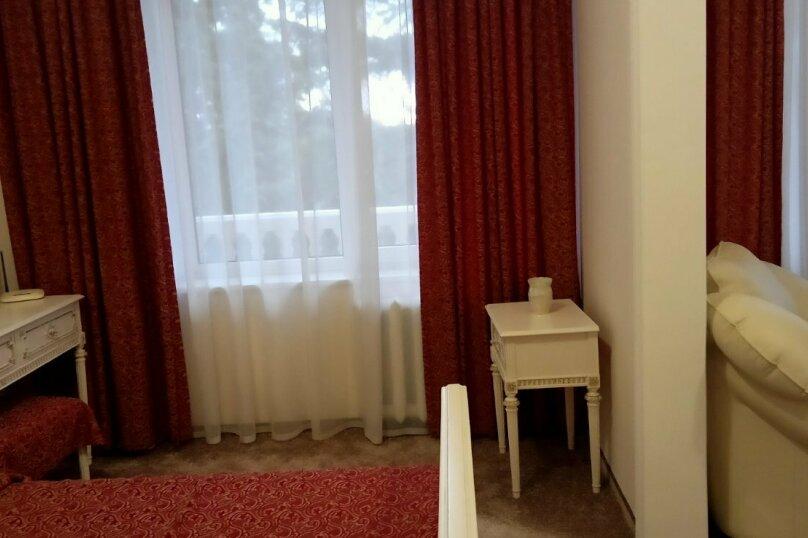 """Мини отель """"Парк Отель Ялта"""", ул.Карла Маркса, 24 а на 7 номеров - Фотография 57"""