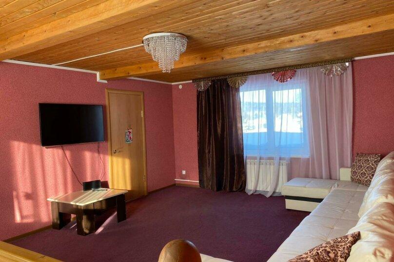 Гостевой дом с баней в 8км до горнолыжного курорта , 110 кв.м. на 8 человек, 2 спальни, Урицкого, 120, Шерегеш - Фотография 2