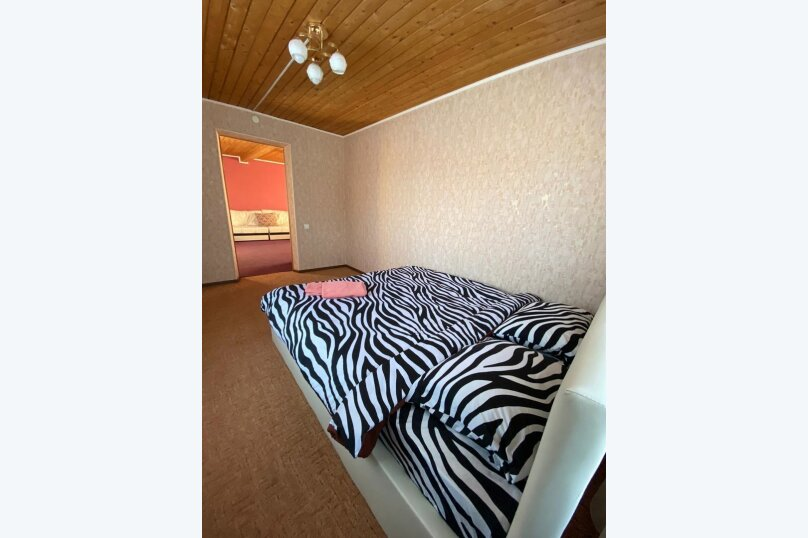 Гостевой дом с баней в 8км до горнолыжного курорта , 110 кв.м. на 8 человек, 2 спальни, Урицкого, 120, Шерегеш - Фотография 10