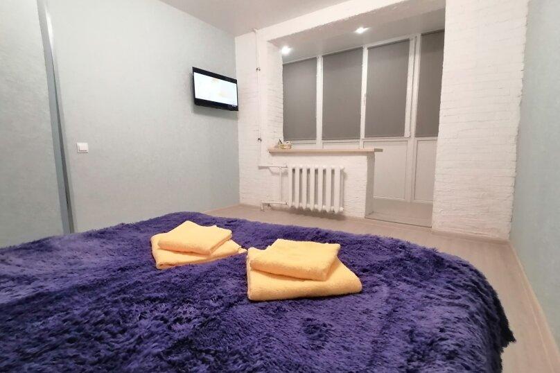 1-комн. квартира, 27 кв.м. на 2 человека, улица Степаняна, 7, Севастополь - Фотография 1