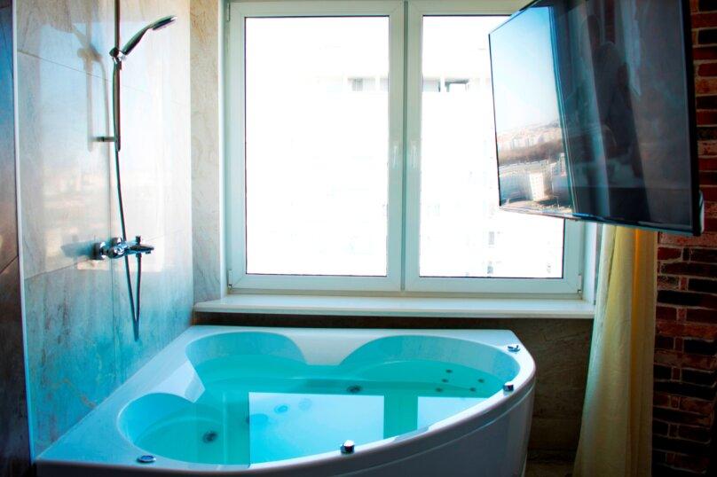 """Апарт-отель """"Jacuzzi LOFT ApartComplex Kaskad"""", улица Скрыганова, 4Б на 24 номера - Фотография 5"""