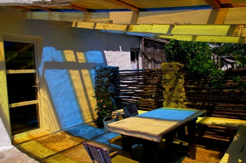 Дом, 40 кв.м. на 5 человек, 2 спальни, улица Ватутина, 86, село Песочное - Фотография 2