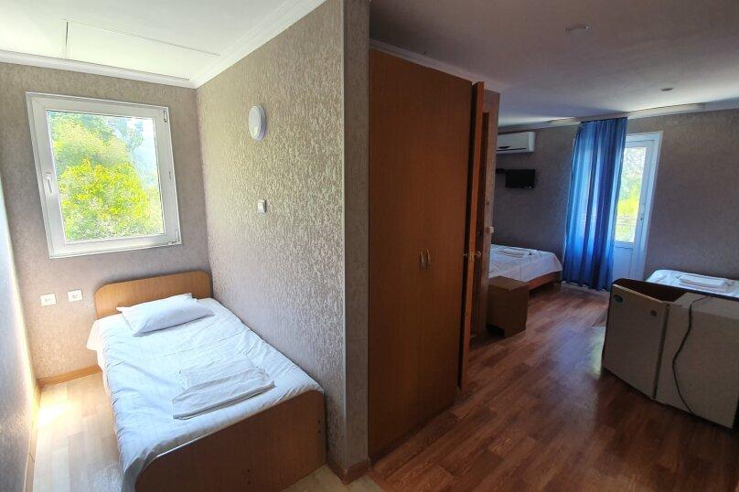 """Гостевой дом """"River hotel""""(Холодная речка), Багрипш, 1 на 16 комнат - Фотография 10"""