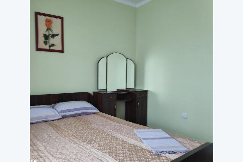 2-х комнатный полулюкс с кухней, улица Южногородская, 24, посёлок Любимовка, Севастополь - Фотография 1