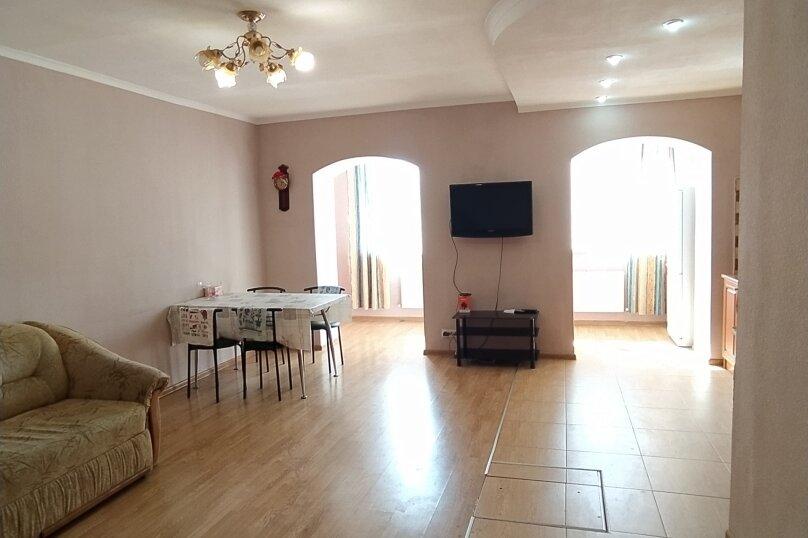 Дом под ключ, 200 кв.м. на 10 человек, 5 спален, с/с Уютненский, Орбита садово-огороднический кооператив, Черешневая, 64, Заозерное - Фотография 1