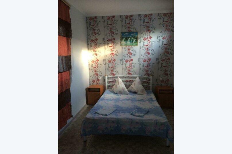 комната№5 (четырёхместная), Земская улица, 5, Феодосия - Фотография 2