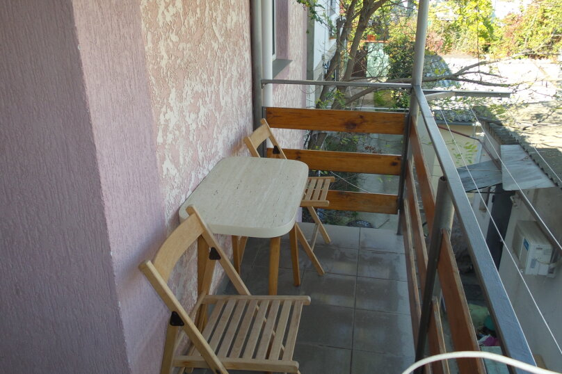 1-комн. квартира, 30 кв.м. на 4 человека, улица Пушкина, 32, Евпатория - Фотография 1