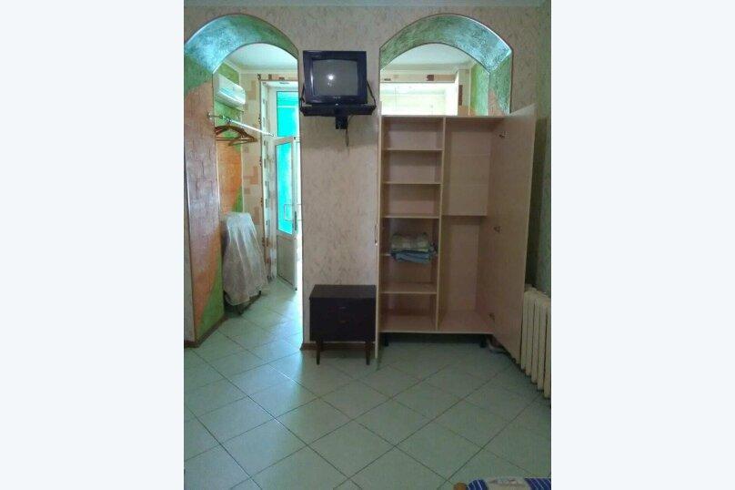 комната №2 (двухместная+доп.место), Земская улица, 5, Феодосия - Фотография 3