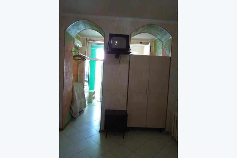 комната №2 (двухместная+доп.место), Земская улица, 5, Феодосия - Фотография 4
