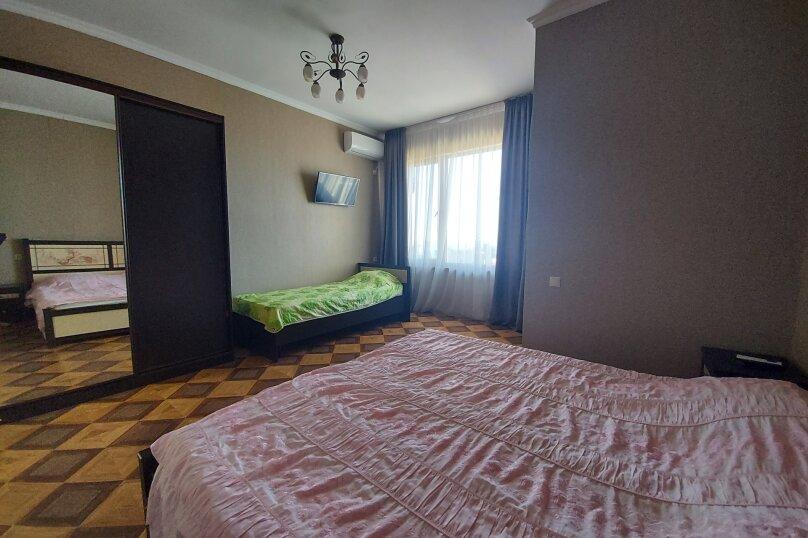 комфорт на 4 этаже, улица Апсха-Леона, 51, Гагра - Фотография 1