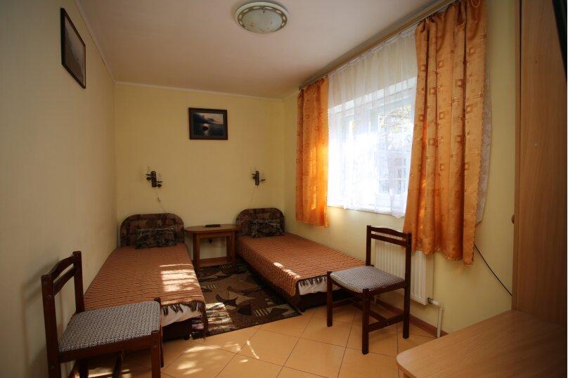 1 этаж дома 3 комнаты под ключ, 75 кв.м. на 7 человек, 3 спальни, Русская улица, 45, Феодосия - Фотография 12