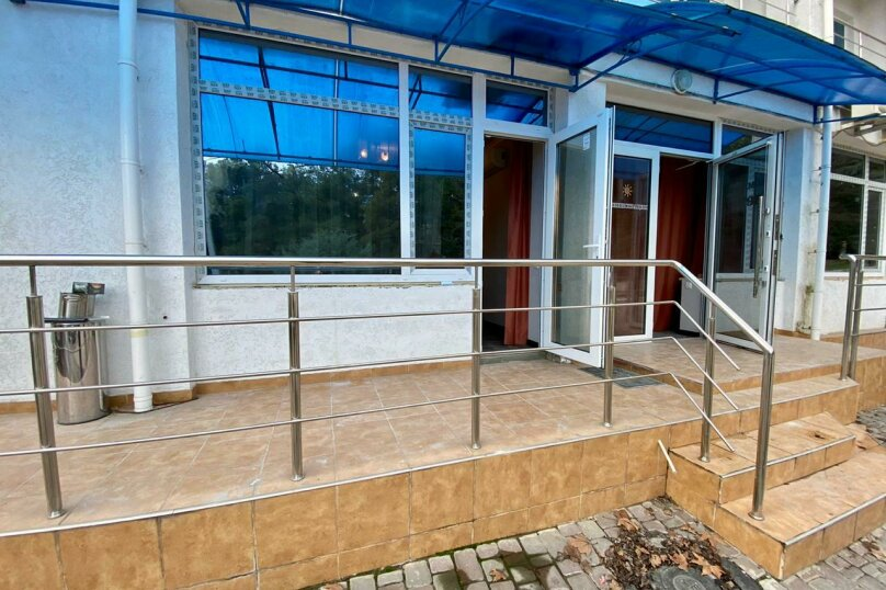 Стандарт без балкона первый этаж, Комсомольская улица, 11, Алушта - Фотография 5