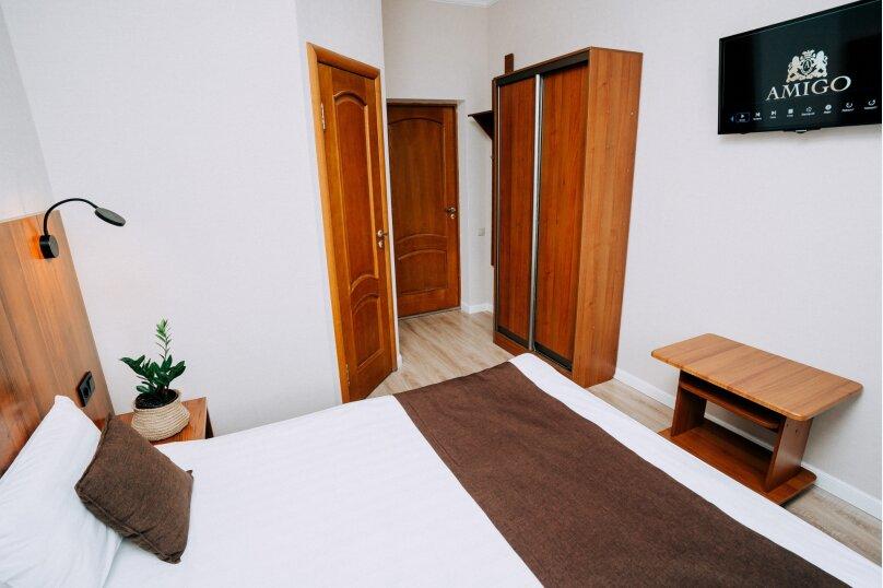 """Гостевой дом """"AMIGO"""", Азовская улица, 8 на 12 комнат - Фотография 11"""