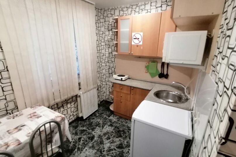 1-комн. квартира, 31 кв.м. на 4 человека, улица Котовского, 43, Новосибирск - Фотография 2