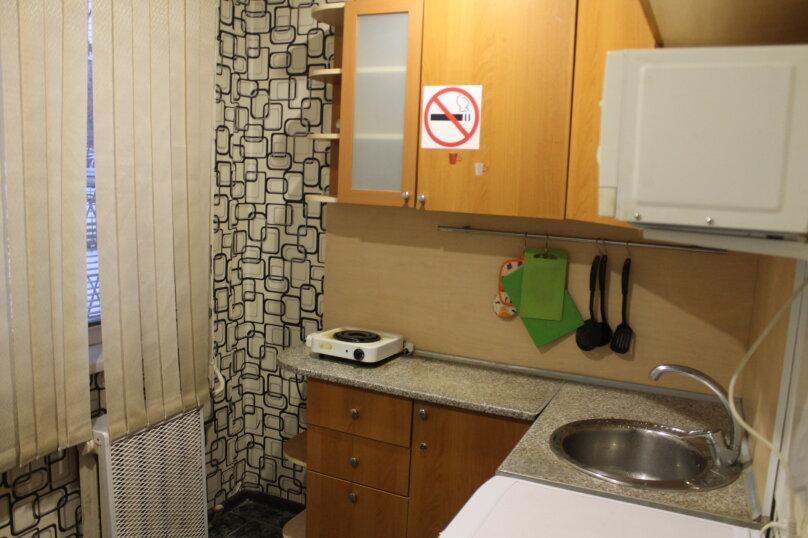 1-комн. квартира, 31 кв.м. на 4 человека, улица Котовского, 43, Новосибирск - Фотография 8
