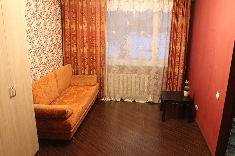 1-комн. квартира, 31 кв.м. на 4 человека, улица Котовского, 43, Новосибирск - Фотография 10