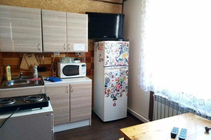 """Гостевой дом """"BukaHouse"""", Свободная улица, 48 на 3 комнаты - Фотография 57"""