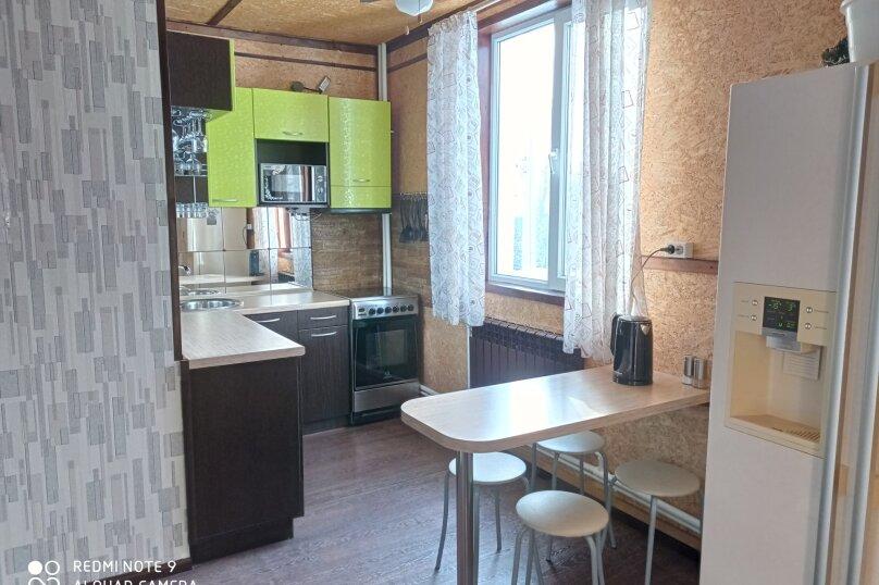"""Гостевой дом """"BukaHouse"""", Свободная улица, 48 на 3 комнаты - Фотография 45"""